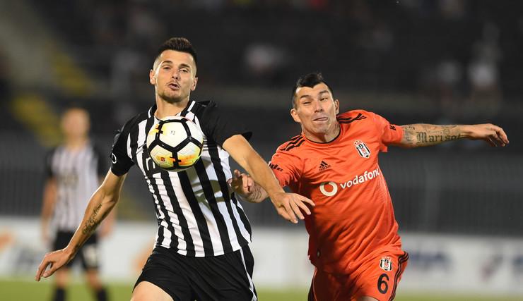 FK Partizan, FK Bešiktaš