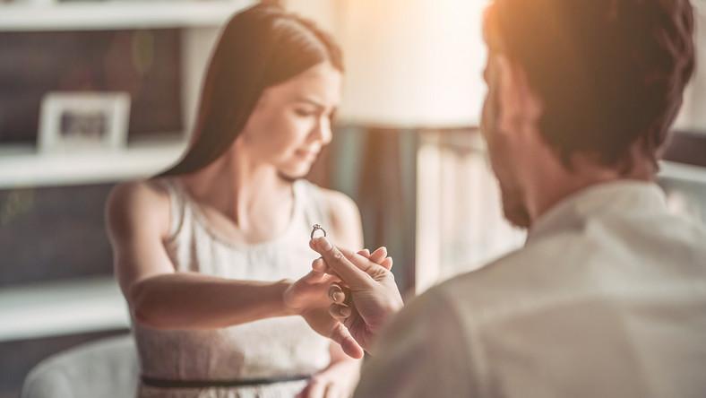 Jakie zalety ma życie bez ślubu