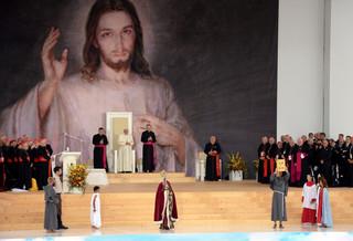 Papież w powitalnej homilii: Dziękuję Janowi Pawłowi II za danie impulsu do spotkań ŚDM