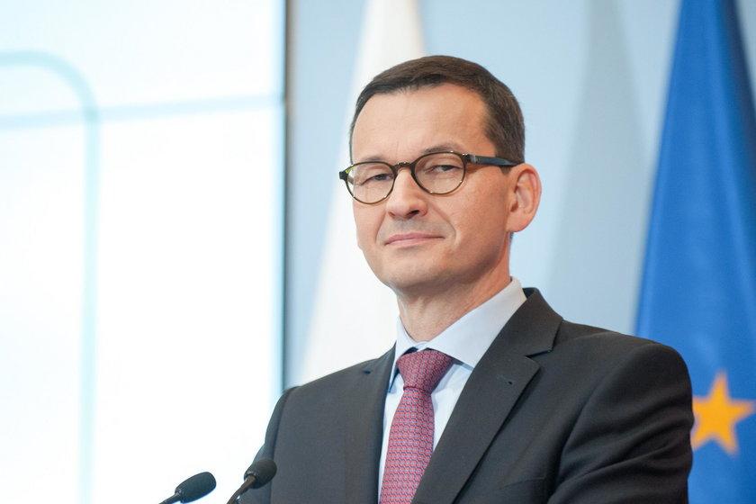 Mateusz Morawiecki chwali się wyższymi wpływami z VAT