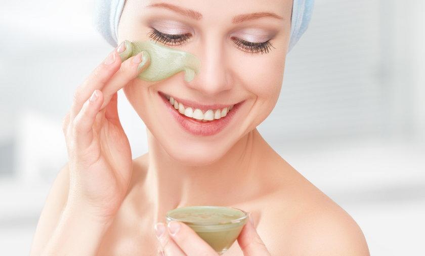 Jak oczyścić i nawilżyć skórę?