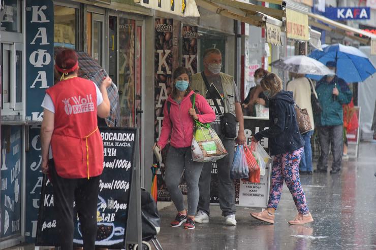 Novi Sad korona virus obavezno nosenje zastitnih maski foto Nenad Mihajlovic 4