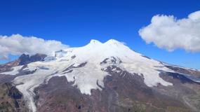Ratownicy poszukują na Elbrusie zaginionych alpinistów z Polski i Iranu