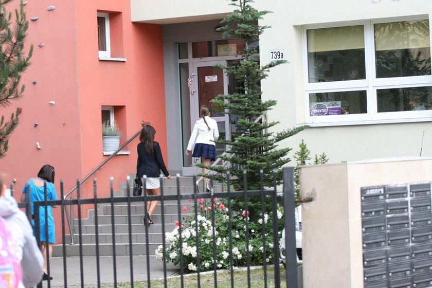 Marta Kaczyńska na zakończeniu roku córki. Dubieniecki zajechał porsche