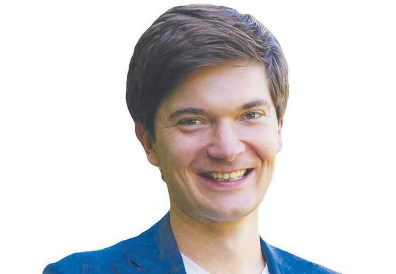Rafał Flis wiceprezes i współzałożyciel Fundacji Zwolnieni z Teorii, organizatora ogólnopolskiej olimpiady z projektów społecznych realizowanych przez tysiące młodych ludzi z całej Polski