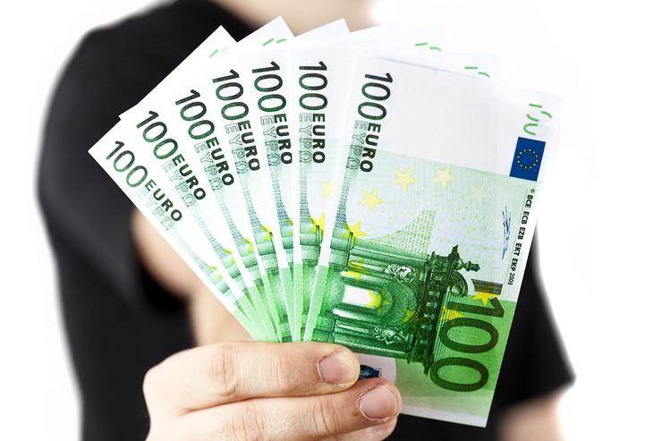 100 evra evri novac
