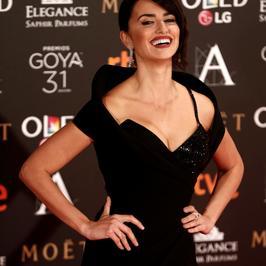 Zachwycająca Penélope Cruz na gali nagród Goya. Nie możemy się napatrzeć!