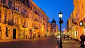 Jarmark Bożonarodzeniowy w Łodzi na ulicy Piotrkowskiej