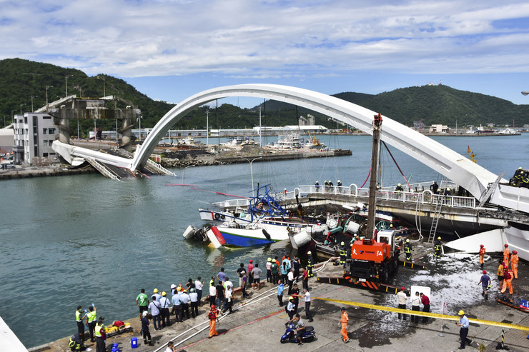 Tajvan, srušio se most