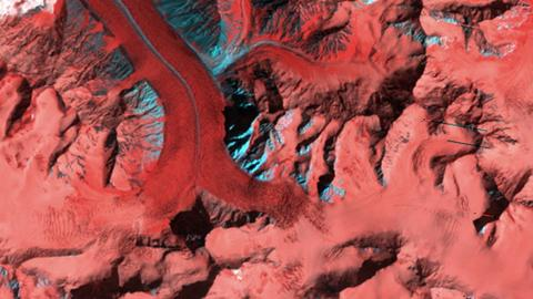 avalanche-space-photo-pakistan-khurdopin-glacier-pakistan-nasa-earth-observatory