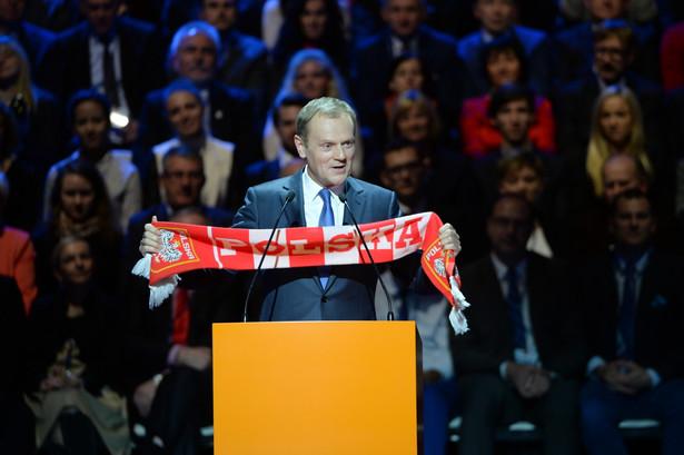 Były premier, przewodniczący-elekt Rady Europejskiej Donald Tusk przemawia podczas krajowej konwencji Platformy Obywatelskiej, PAP/Jacek Turczyk