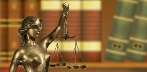 86 procent Polaków nie czuje potrzeby korzystania z usług prawników.