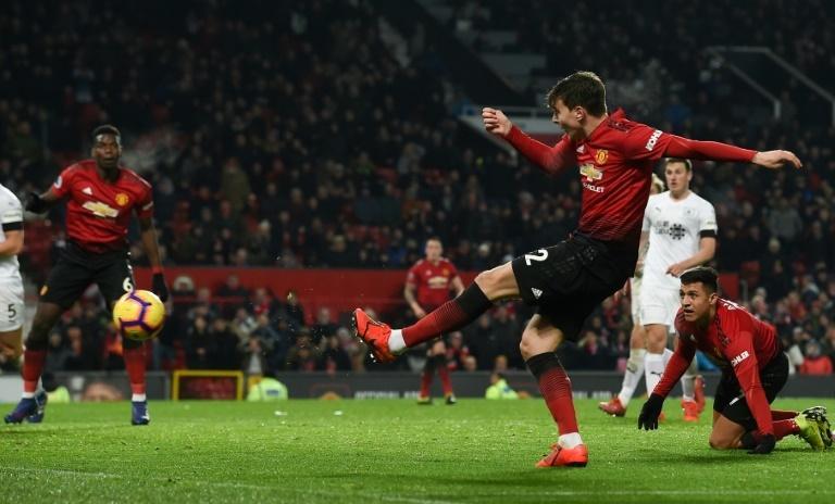 Manchester United defender Victor Lindelof scores the equaliser in a 2-2 draw against Burnley
