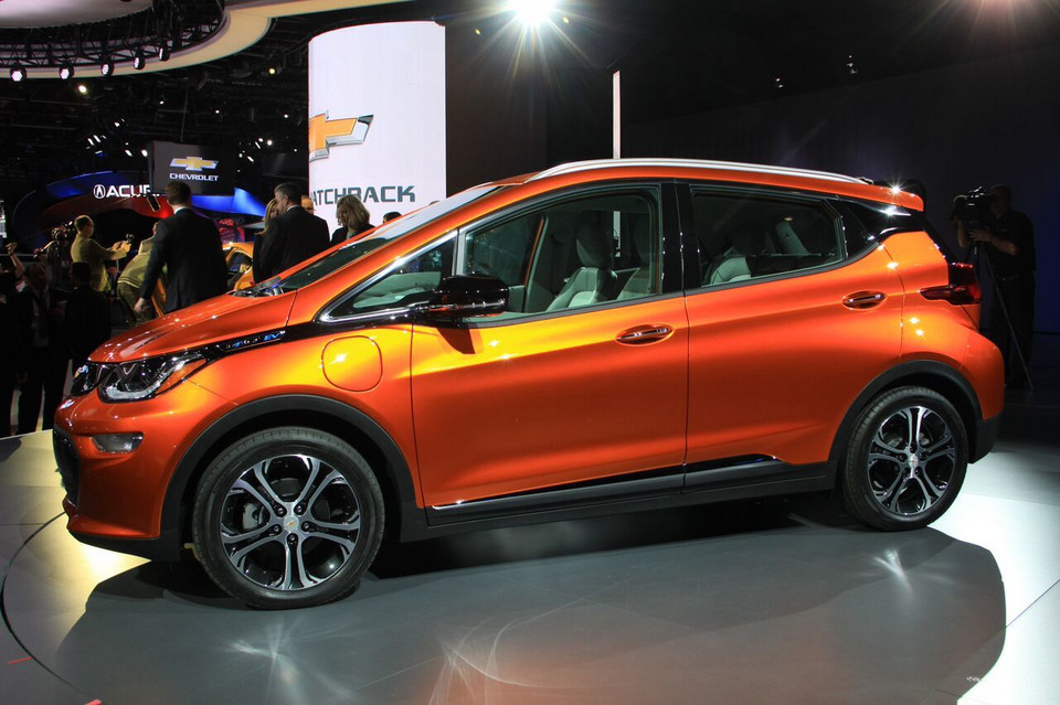 Detroit 2016 - Chevrolet Bolt