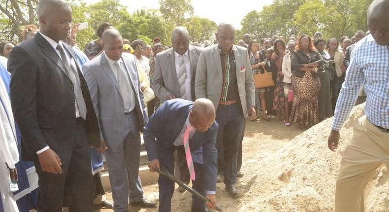 No funerals will be held on Saturday or Sunday - Mumias ACK Bishop Joseph Wandera