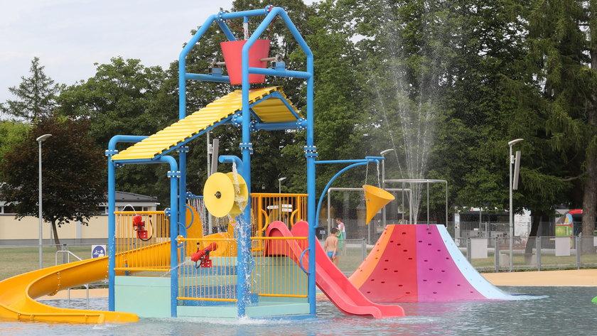 Warszawa. Odkryte baseny już czynne