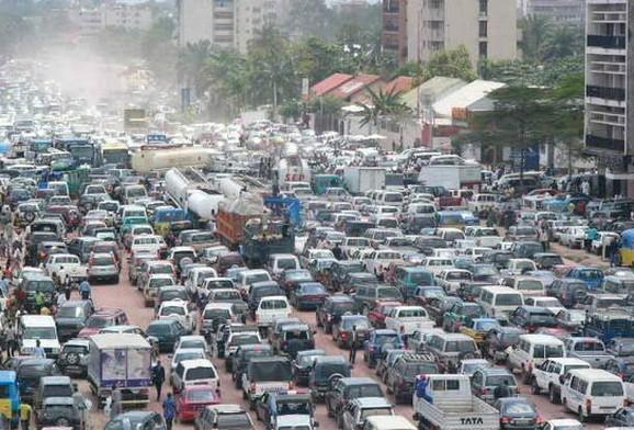 Kinšasa: Jutarnji saobraćajni špic