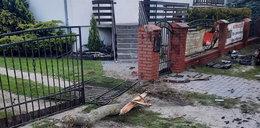 Makabryczny wypadek pod Poznaniem. Z auta prawie nic nie zostało. Nie żyje pasażerka