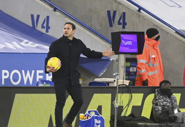 "Frenk Lampard i ""VAR ekran"" na utakmici Lester siti - Čelsi"