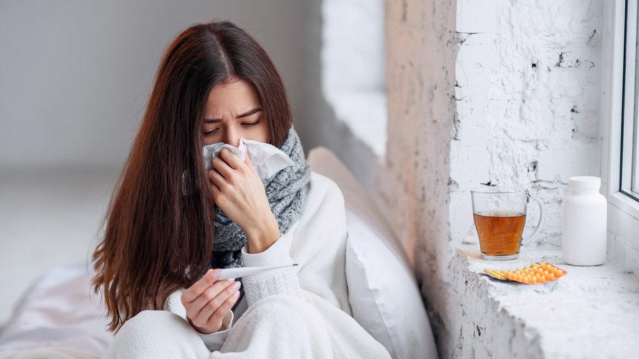 COVID-19 czy zwykła grypa? Sprawdzisz to w kilkanaście minut / Shutterstock