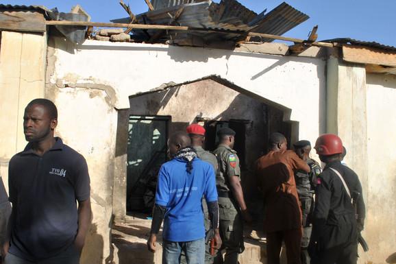 ZASEDA U NIGERIJI Islamisti ubili najmanje 25 vojnika
