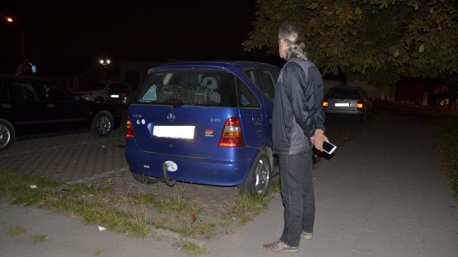 Miłość nie zna granic - dla swojej ukochanej pan Jacek od 3,5 miesiąca mieszka w samochodzie