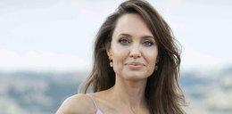 Angelina Jolie wzięła udział w śmiałej sesji zdjęciowej. Do tych zdjęć potrzeba było sporej odwagi