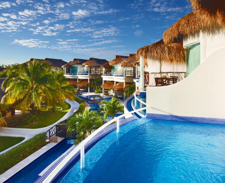 1- El Dorado Kasitas - prelepe kućice sa bazenom i pogledom na morsko plavetnilo