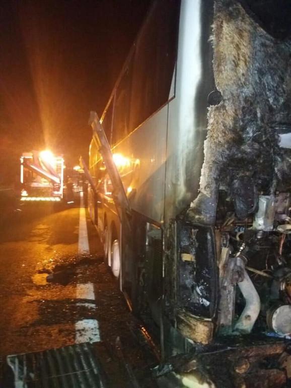 Autobus pun srpskih putnika vraćao se sa grčkog ostrva Egina