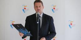 Rafał Trzaskowski w szpitalu. Ciężko przechodzi COVID-19