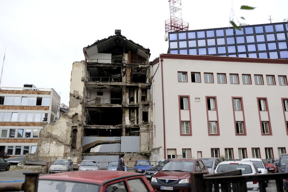 NATO bombardovanje zgrade RTS-a
