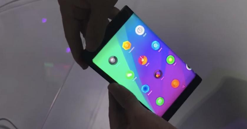 Folio - tablet od Lenovo, który po złożeniu staje się smartfonem z dwoma ekranami