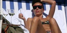 Polska gwiazda smaży się na plaży. Sexy FOTO!