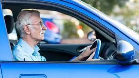 Emeryci za kółkiem nie zwiększają zagrożenia na drodze
