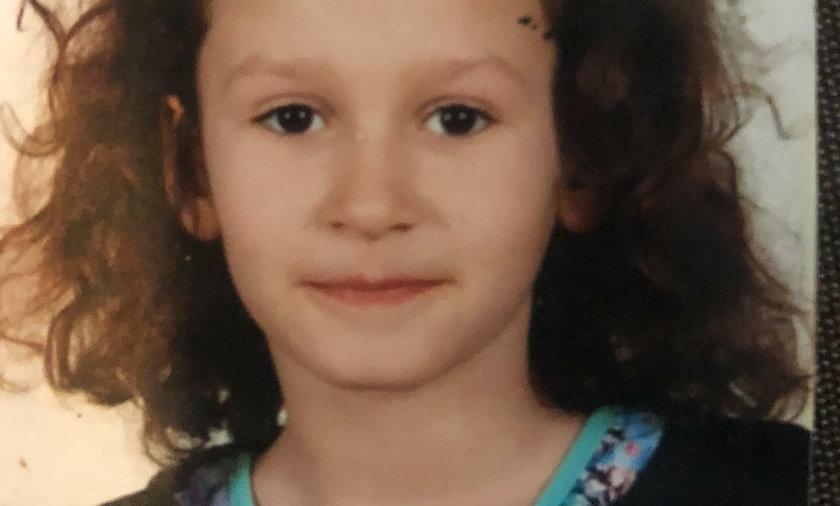 Bohaterska 9-latka osłoniła własnym ciałem brata przed wściekłymi psami