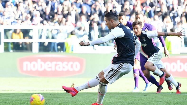 Ronaldo wykorzystuje drugiego karnego