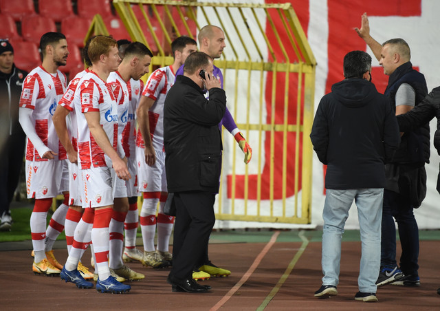 "Razgovor ""delija"" i fudbalera srpskog prvaka na meču FK Crvena zvezda - Zlatibor"
