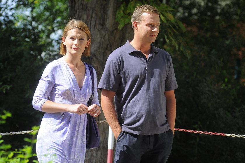 Dominika Ostałowska i Grzegorz Małecki na planie serialu w 2009 roku