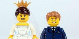 Ale numer! Zbudowali ślub z klocków!