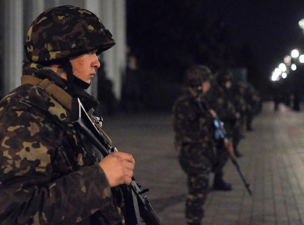 Ćwiczenia oddziałów wojskowych w Kijowie. Fot. EPA/DANYLO PRYHODKO/PAP/EPA