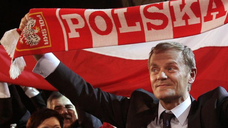 Premier liczy na wygraną w meczu z Rosją