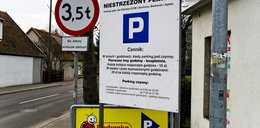 Płatny parking przy markecie. Czy naruszają prawo?
