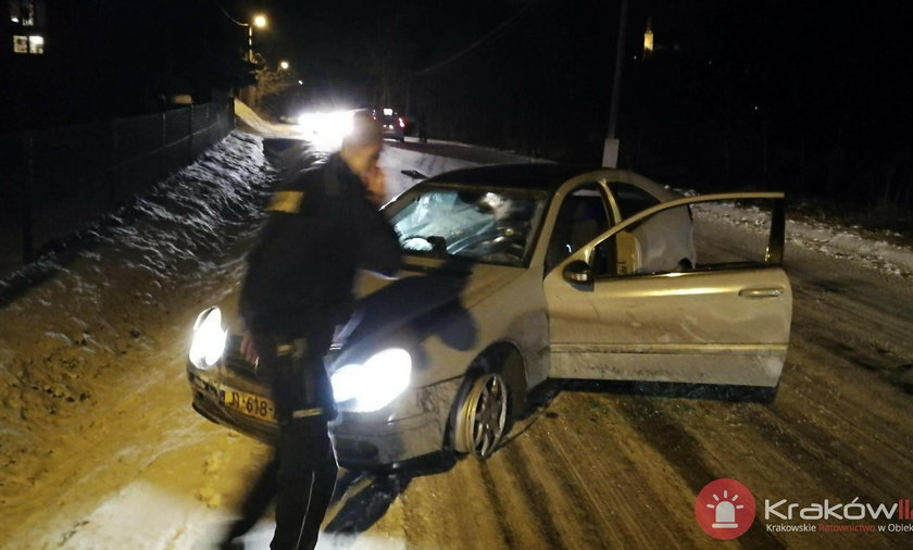Alwernia. Dramatyczny pościg. Kierowca potrącił policjanta