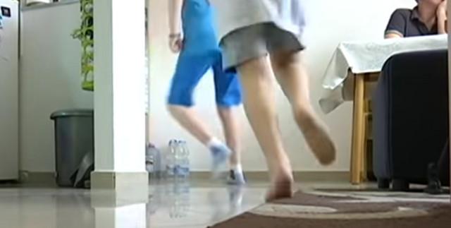Ko će da meri buku kada deca trče...