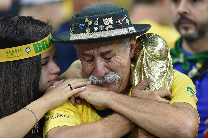 Żałoba wśród fanów piłkarskiej kadry Brazylii po śmierci króla fanów!