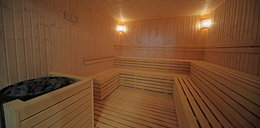 """Robią świństwa w saunach. Konflikt z miłośnikami """"ceremonii naparzań"""""""