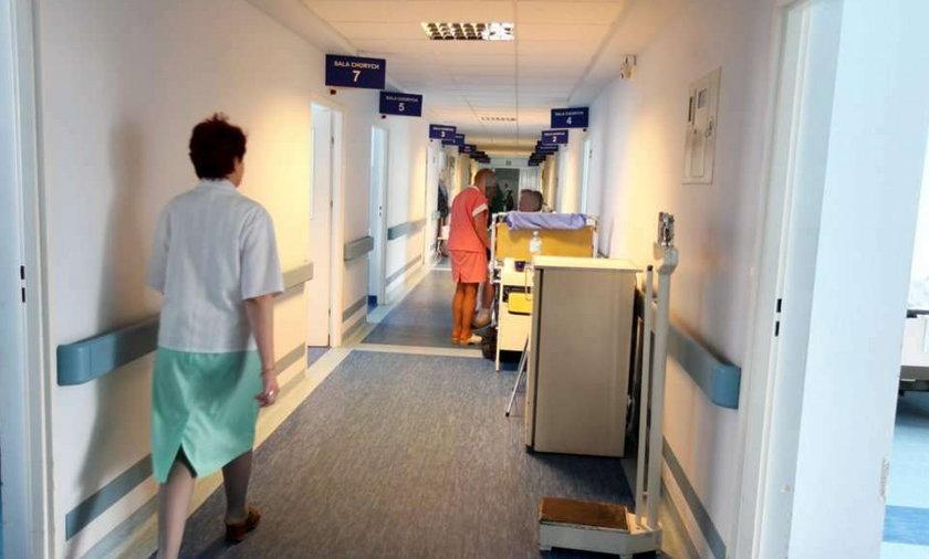 Szok! Lekarze bici przez pacjentów