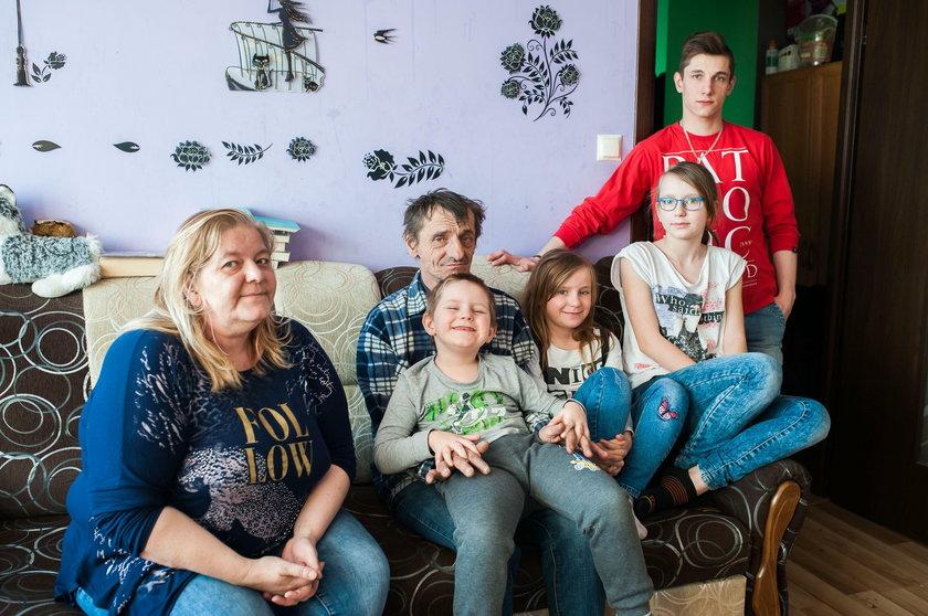 Zofia Giełdon z mężem spod Krakowa, mają sześcioro dzieci