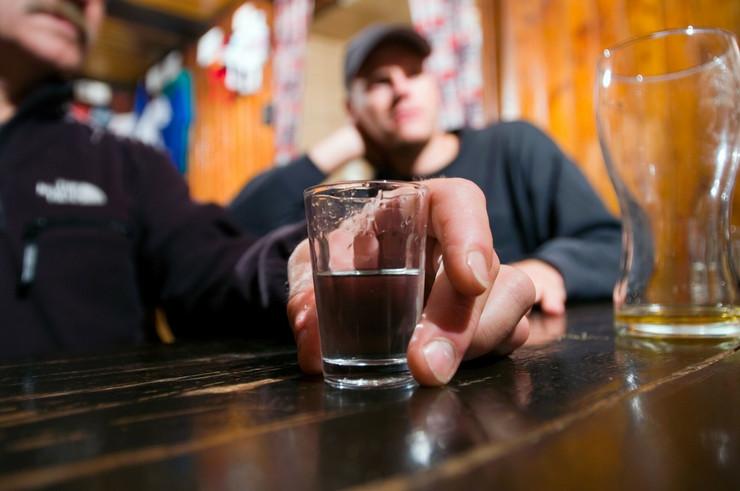 Alkohol Pijanci profimedia-0007814294