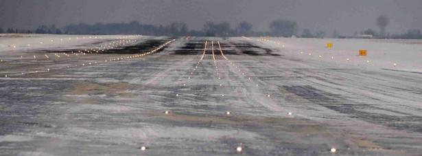 Pas startowy w Modlinie nie został dopuszczony przez nadzór budowlany.